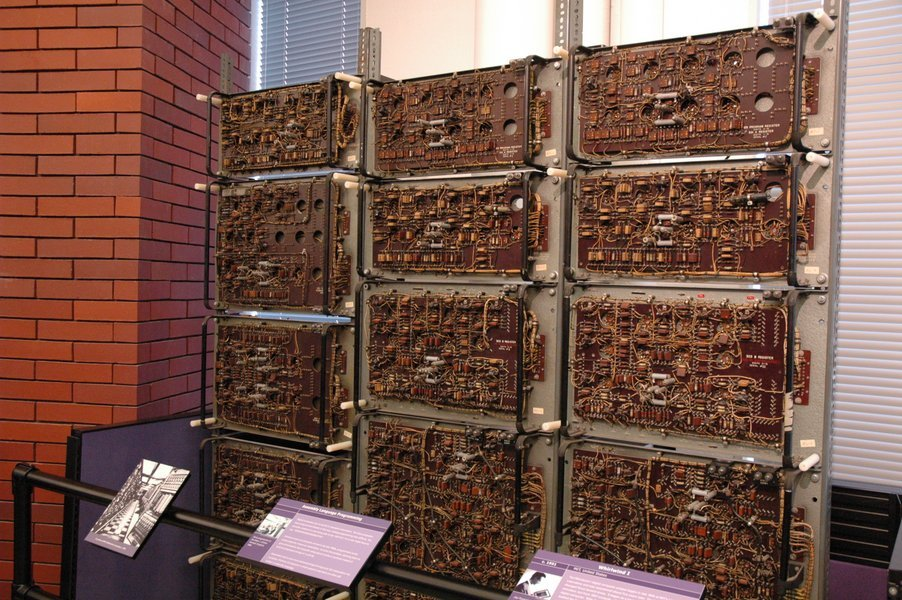 Computer History Museum: 20世...